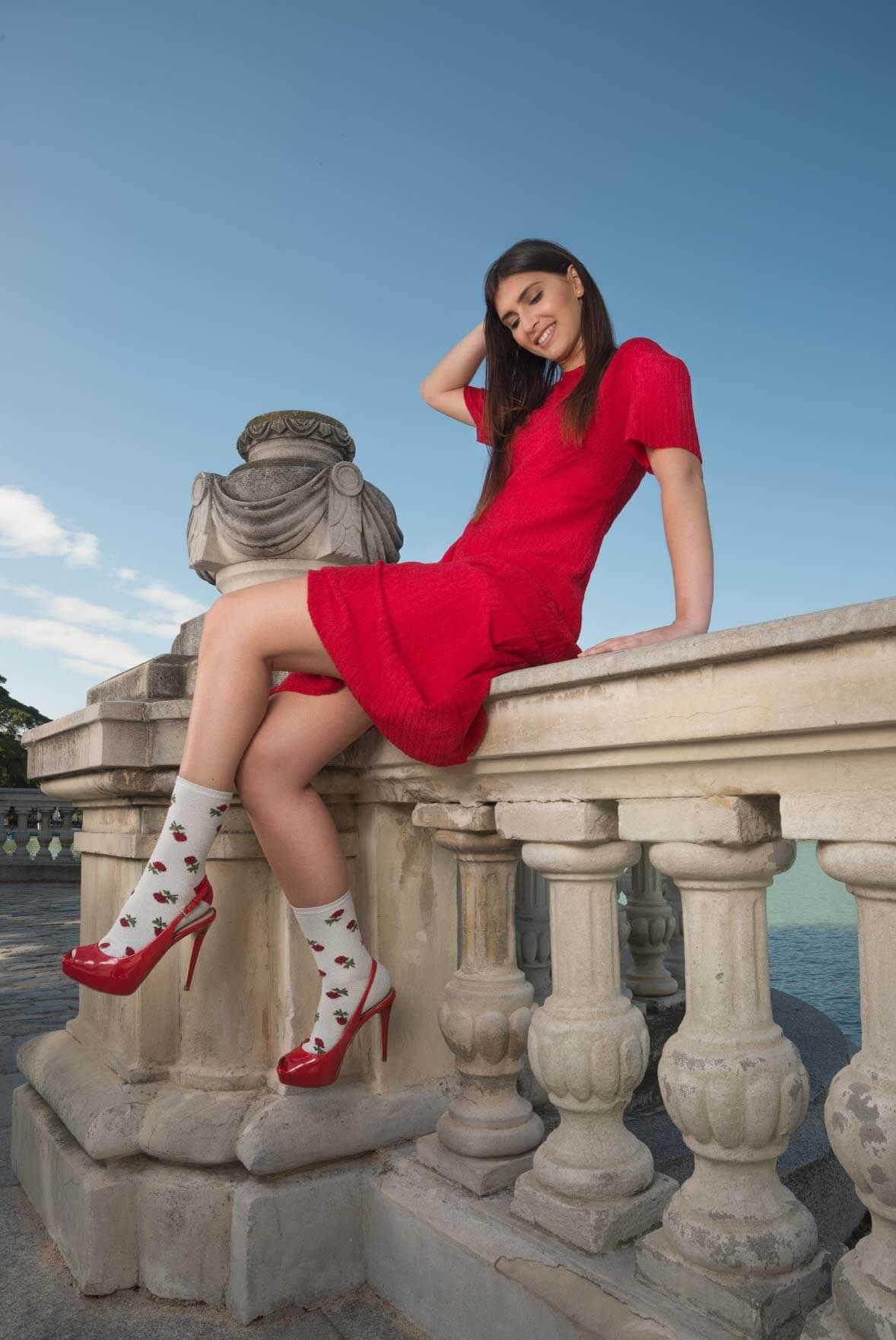 Rosas-rojas-brillantes-moda