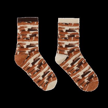 calcetines pinceladas marrones